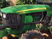 Trator John Deere 5025 N 4x4 ano 11