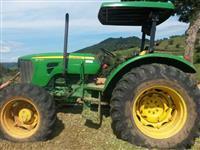 Trator John Deere 5078 4x4 ano 11