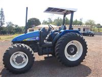 Trator Ford/New Holland TL 90 4x4 ano 01
