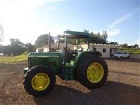 Trator John Deere 6300 4x4 ano 99
