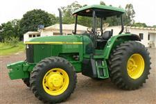 Trator John Deere 6600 4x4 ano 00