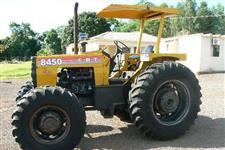Trator CBT 8450 4x4 ano 90