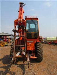 Trator Carregadeiras Massey Ferguson 290 Advance 4x4 ano 04