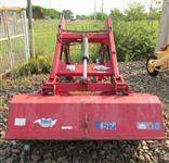 Plaina Carregadeira Agricola marca TATU modelo PCA 600 para trator MF 5275 4X4