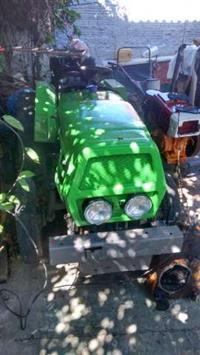 Mini/Micro Trator TOBATA 4x2 ano 90