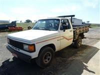 D-20 Custom Branca - Ano 1991 - Carroceria de Madeira - Direção - Impecável