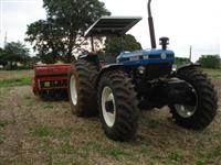 Trator Ford/New Holland 1 4x4 ano 02