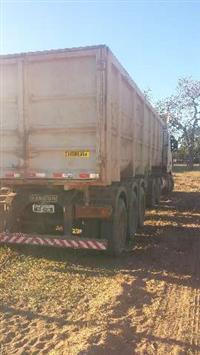 Caminhão Outros  RANDON SR BA  ano 06