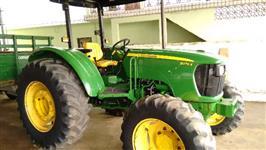 Trator John Deere 5075e 4x4 ano 11