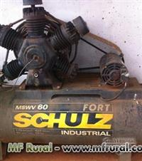 Marca Schulz   Alta Pressão 175 Libras   Tanque 425 Litros   Motor 15 Cv 2