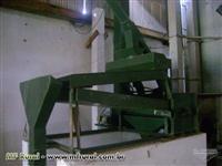 Fábrica de ração 6 ton. da marca CASP a venda com: