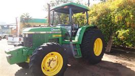 Trator John Deere 6300 4x4 ano 98