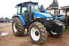 Trator Ford/New Holland TS 6040 4x4 ano 13