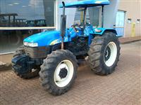 Trator Ford/New Holland TT 3840 4x4 ano 10