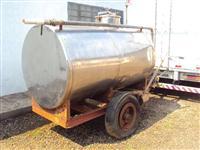 Tanque em Inox com bomba para trator