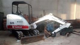 Retro escavadeira 325 Bobcat 325 ano 2010