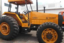 Trator Valtra/Valmet 1280 4x4 ano 93