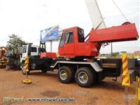 Guindaste Marca Clarck,capacidade 20 toneladas.Caminhão Ford Mod. 2425
