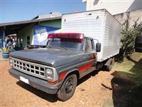 Caminhão  Ford F 4000  ano 83