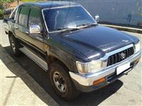 HILUX SRV 4X4 2004