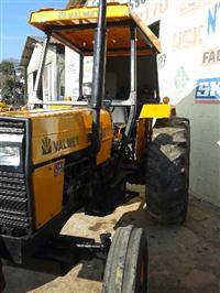 Trator Valtra/Valmet 785 4x2 ano