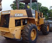 Maquina Pá Carregadeira Case  W 20 E 2001 mecanica ok