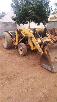 Maquina Pá Carregadeira Pula Pula Massey Ferguson 65R Torque para areia