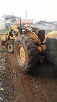 Maquina Pá Carregadeira Pula Pula Massey Ferguson 65R areia