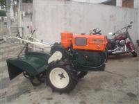 Mini/Micro Trator MARCA TOBATTA DE 14CV C/ENXADA ROTATIVA ESTADO DE NOVO  4x2 ano