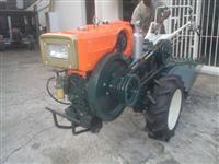 Mini/Micro Trator MOTOCULTIVADOR TOBATTA 14CV C/ENXADA E SULCADOR C/GARANTIA  4x2 ano