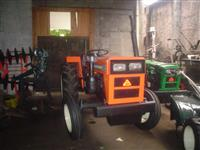 Mini/Micro Trator AGRALE 4200   4x2 ano