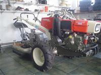 Mini/Micro Trator TC14SUPER PARTIDA ELETRICA 14CV  ESTADO DE NOVO  C/GARANTIA  4x2 ano 05
