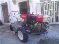 Mini/Micro Trator TC14SUPER PARTIDA ELETRICA ESTADO DE ZERO C/ENXADA  4x2 ano