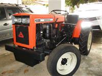 Mini/Micro Trator AGRALE 4100  REVISADO C/GARANTIA  COM CARRETA  4x2 ano