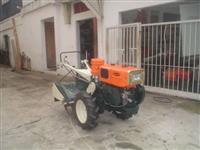 Mini/Micro Trator TOBATTA MODELO M140  REVISADO C/FAROL-ENTEITE   4x2 ano