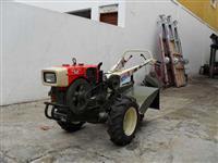 Mini/Micro Trator TC12  DIESEL 12CV  C/ENXADA ROTATIVA  4x2 ano 03