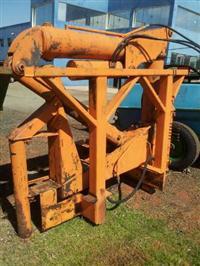 Munck modelo 640-18 capacidade 3.750 Ton