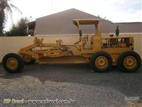 TRATOR CATERPILLAR 518 ANO 1993