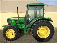 Trator John Deere 5078 4x4 ano 12