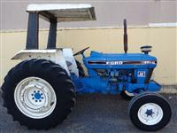 Trator Ford/New Holland 4610 4x4 ano 87