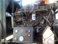 Motor CUMMIS série B 6 cilindros turbinado 2002/  BOMBA KSB WKL 100/6 2012