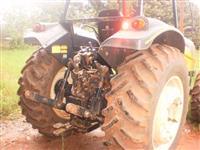 Trator Valtra/Valmet BM110 4x4 ano 08