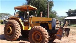 Trator Valtra/Valmet 980 4x4 ano 88