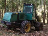 Trator Florestal Harvester John deere 1270 D ano 2003 com cabeçote Waratha