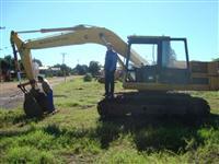escavadeira komatsu PC150 serie 3