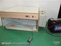 Chocadeira Trivolt 120 ovos(110V 220V e Bateria 12 VDC)com Carregador Automatico