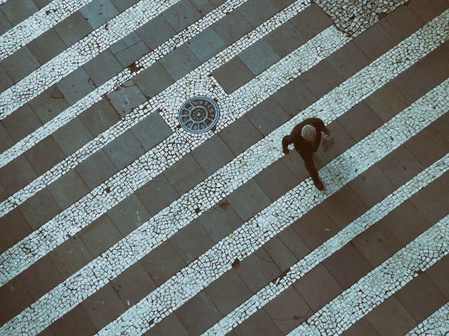 Poster Homem Caminhando