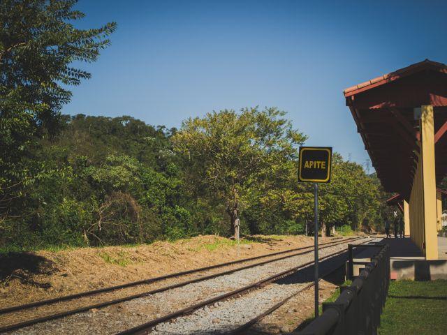 Poster Apite   linha de trem trem