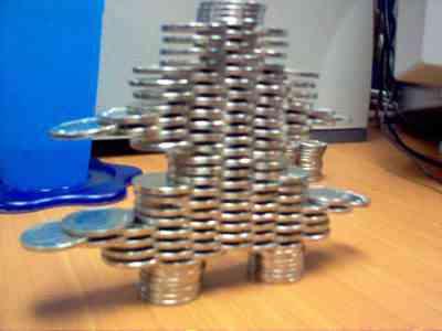A arte de empilhar moedinhas