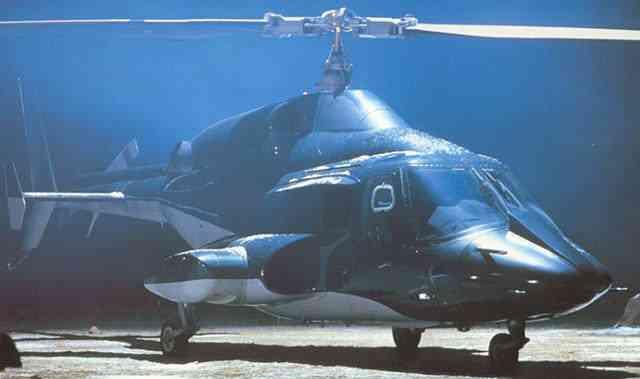 O homem que faz sexo com um helicóptero e muito mais